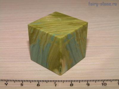 Куб из яшмы (28мм)